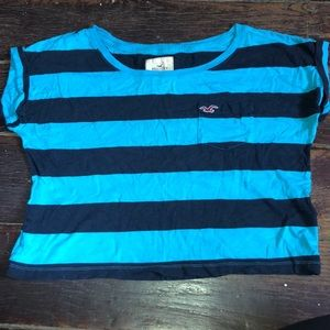 Hollister Cropped Pocketed T-Shirt
